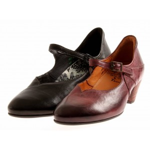 Think! Mary Janes 84200