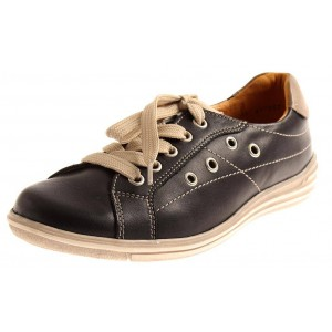 Theresia M. Ledersneaker